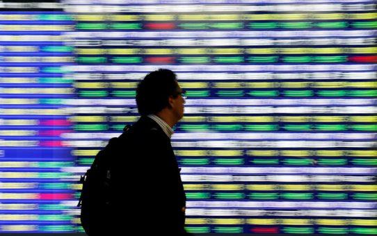 StockBeat: Dovish Fed, Dominant Tories Push Europe Markets Higher